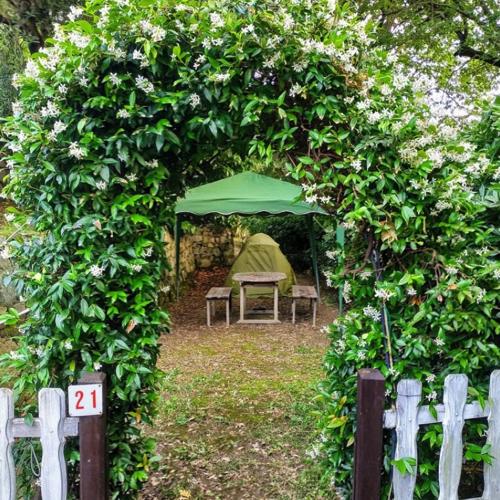 Piazzola Tenda Privata – Private Tent Pitch